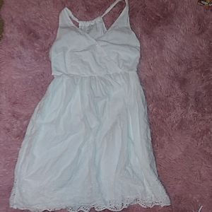Very Pretty White Size 8 Dress